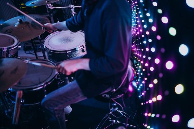 Musikinstrumente auf einer party