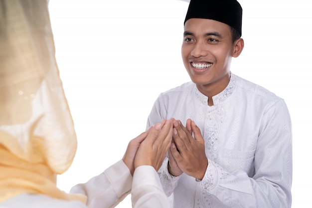 Muslimische asiaten vergeben