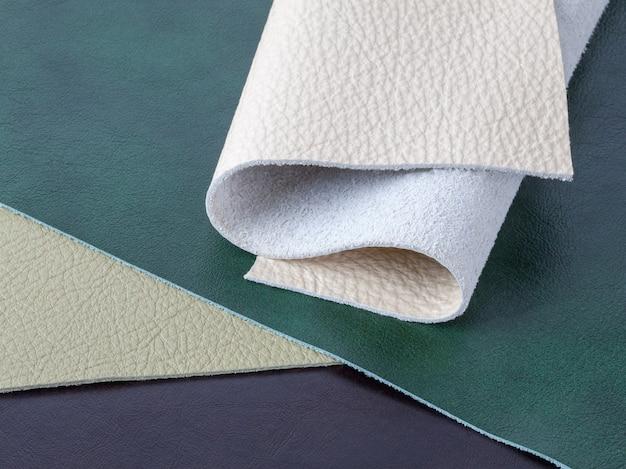 Muster aus naturleder in verschiedenen farben
