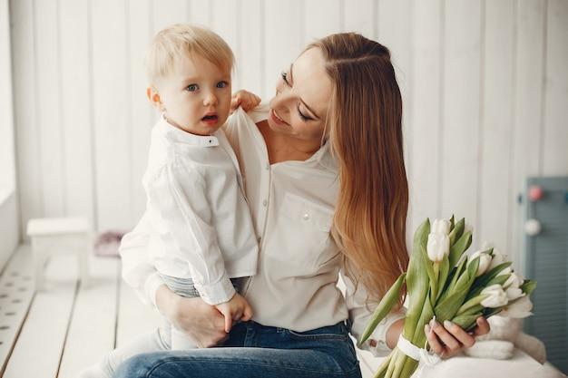 Mutter mit kind bei hme