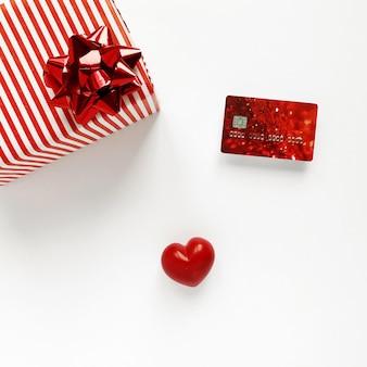 Muttertag. valentinstag. liebessymbol. roter valentinstag rote konfetti zum valentinstag.