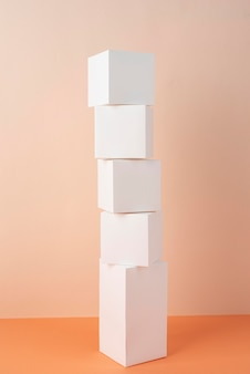 Nachhaltigkeitskonzept mit leeren geometrischen formen