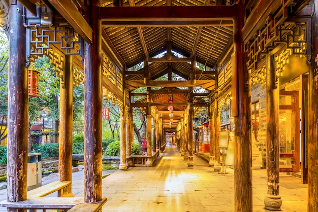 Nachtlandschaft der alten stadt chengdu, provinz sichuan, china