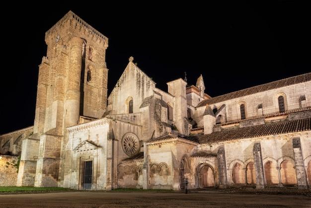 Nachtszene von monasterio de las huelgas