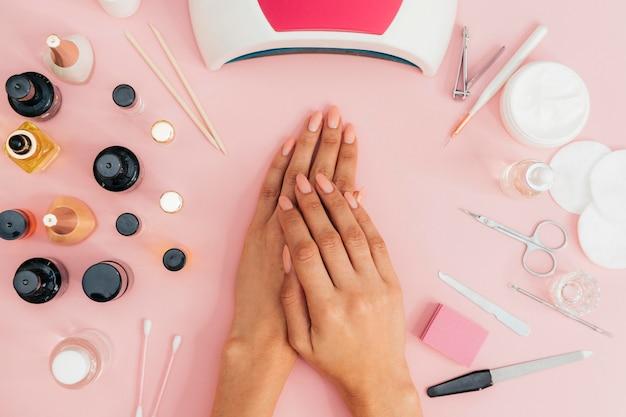 Nagelhygiene und pflege und nagellack