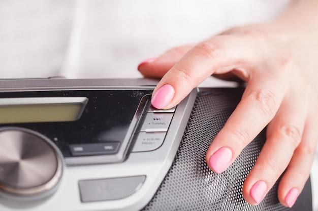 Nahansicht der steuerplatine des audiosystems
