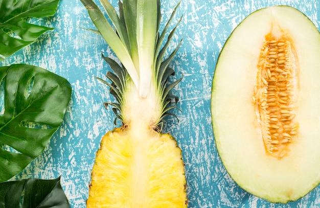 Nahaufnahme der exotischen frucht des saftigen schnittes