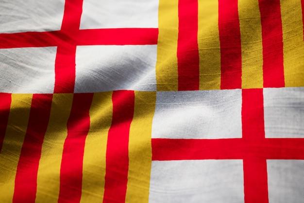 Nahaufnahme der gekräuselten barcelona-flagge, barcelona-flagge, die im wind durchbrennt