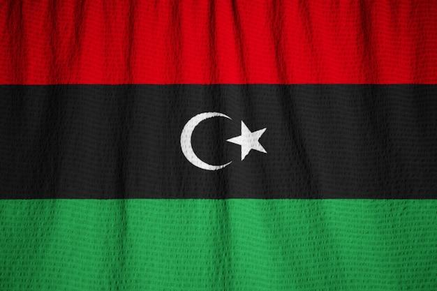 Nahaufnahme der gekräuselten libyen-flagge, libyen-flagge, die im wind durchbrennt