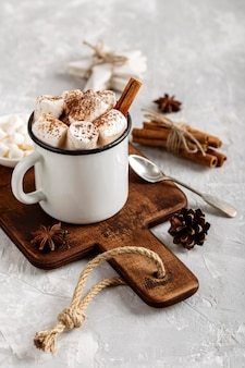 Nahaufnahme der köstlichen heißen schokolade