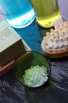 Nahaufnahme des bade- und massagezubehörs