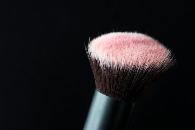 Nahaufnahme des kosmetischen pinsels