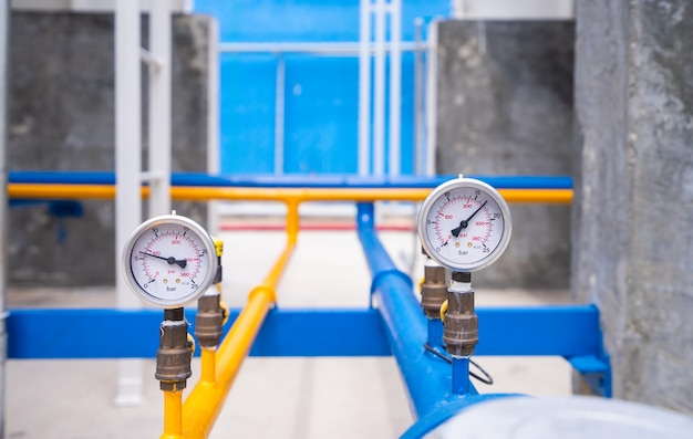 Nahaufnahme des manometers für das messen des gasdruckes