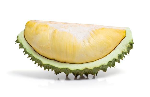 Nahaufnahme-durian lokalisiert auf weiß mit beschneidungspfad, könig der früchte und der tropischen frucht von thailand.