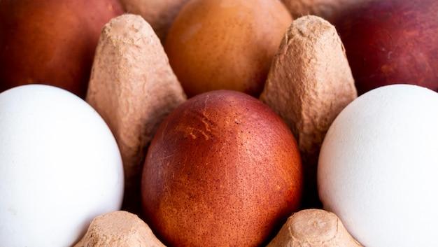 Nahaufnahme eier in schalung
