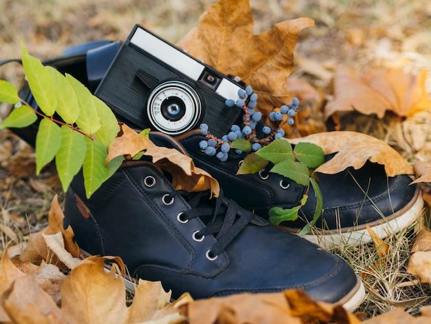 Nahaufnahme einer retro- fotokamera auf shows