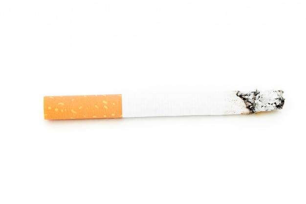 Nahaufnahme einer zigarette verbraucht
