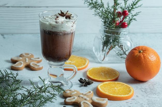 Nahaufnahme foto von einfachen weihnachtssnacks.