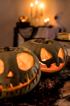 Nahaufnahme halloween-partydekorationen