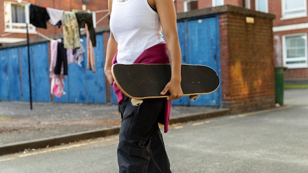 Nahaufnahme hand mit skateboard