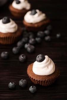 Nahaufnahme muffins mit blaubeeren