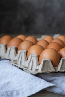 Nahaufnahme schoss ein dutzend eier