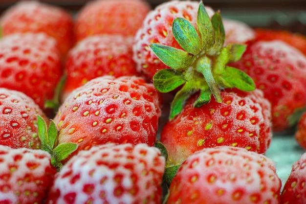Nahaufnahme schuss von frischen reifen erdbeeren