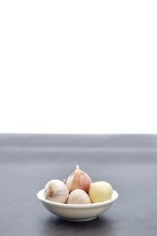 Nahaufnahme von den chinesischen birnenknoblauch