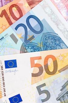 Nahaufnahme von euro-währung. hochauflösendes foto.