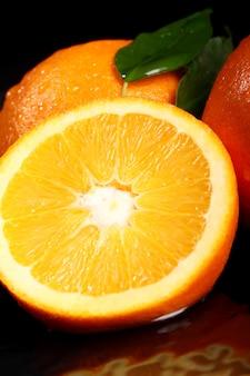 Nahaufnahme von frischen orangenfrüchten