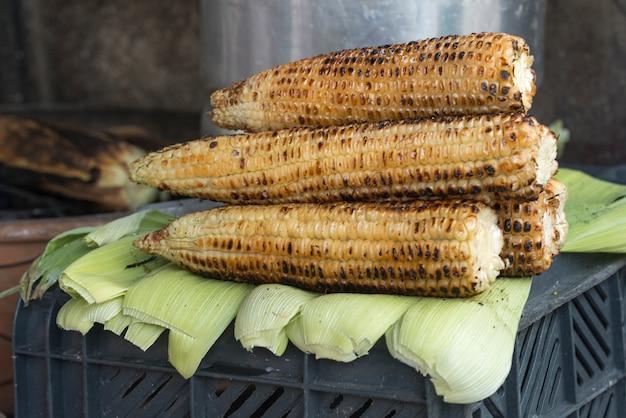 Nahaufnahme von gebratenen zuckerstangen, san miguel de allende, guanajuato, mexiko