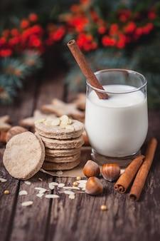 Nahaufnahme von santa claus snacks