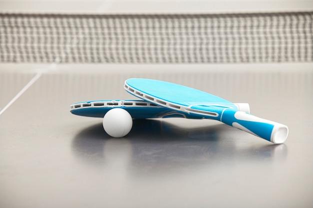 Nahaufnahme von tennisraketen