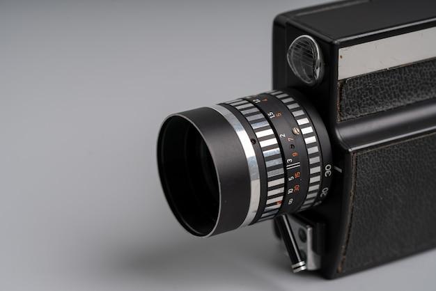 Nahaufnahme von vintage & retro-kamera im studio