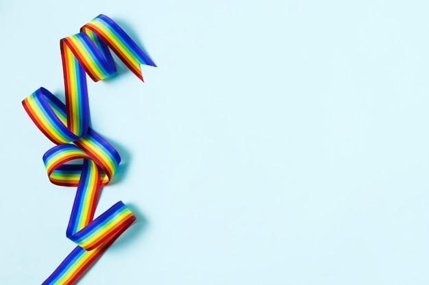 Nahaufnahmeband in regenbogenfarben mit kopienraum