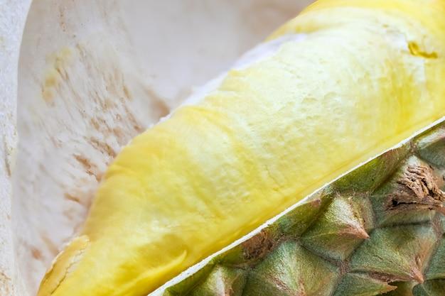 Nahaufnahmemakro-duriankönig der frucht nach innen