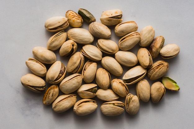 Nahaufnahmemischung von geschmackvollen pistazien