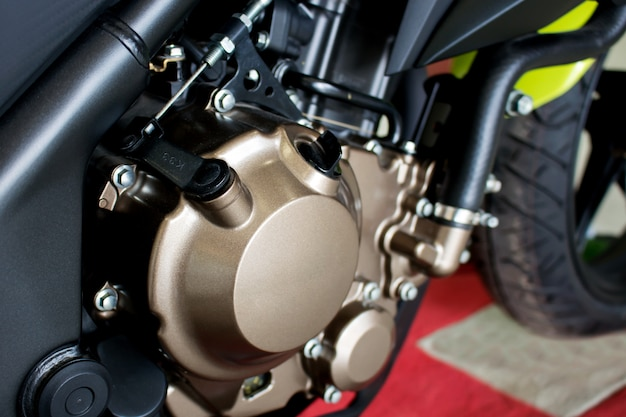 Nahaufnahmemotorradmotor des sportmotorrads (großes fahrrad)