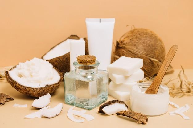 Nahaufnahmeschussvielfalt von kokosnussprodukten