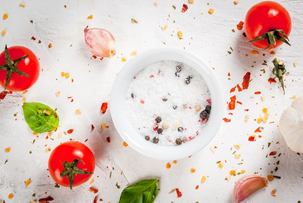 Nahrungsmitteloberfläche mit gewürzen