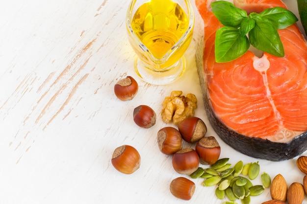 Nahrungsquellen von omega 3 und gesunden fetten