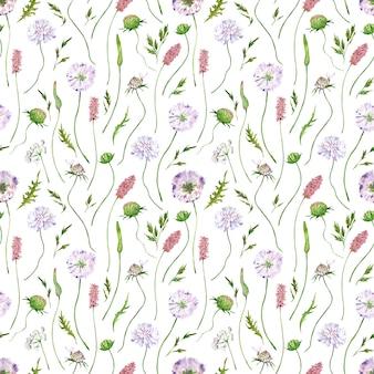 Nahtloses aquarellmuster mit wildblumen und gras. hand gezeichnete blumen