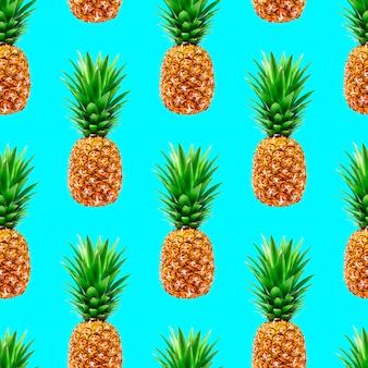 Nahtloses muster der ananas auf blau