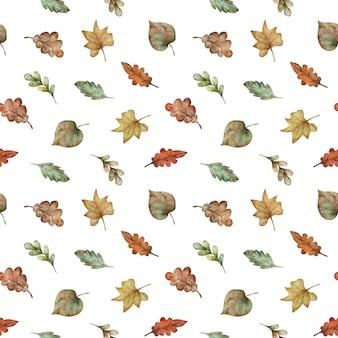 Nahtloses muster des bunten herbstlaubs des aquarells - rot, gelb, grün, orange, braun