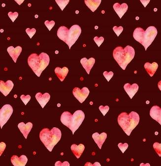 Nahtloses muster mit handgezeichnetem aquarellherz. handgemaltes muster. romantische verzierung zum valentinstag. tintenillustration. isoliert. rosa und rotes herzmuster