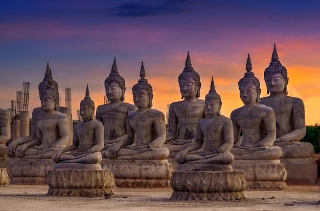 Nakhon si thammarat thung yai bezirk buddha-statue