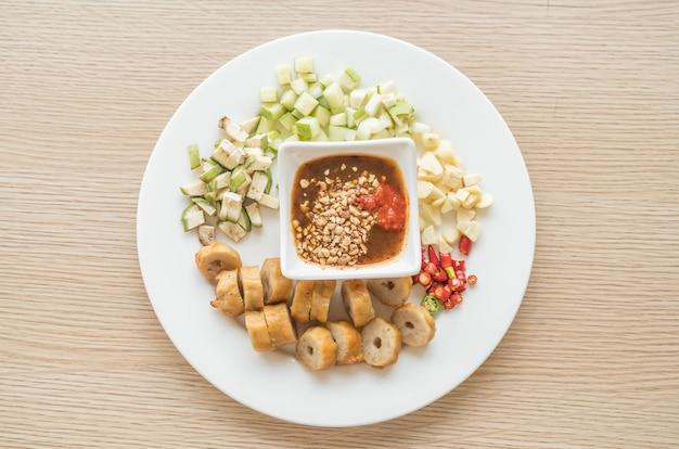 Nam-neaung, vietnamesische fleisch-ball-wraps