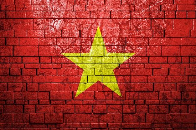 Nationalflagge von vietnam auf mauer. das konzept des nationalstolzes und des symbols des landes.