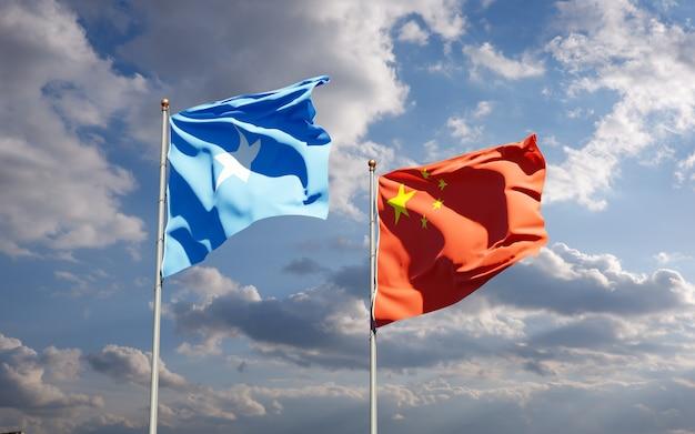 Nationalstaatsflaggen von somalia und china zusammen