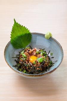 Natto, fermentierte sojabohnen